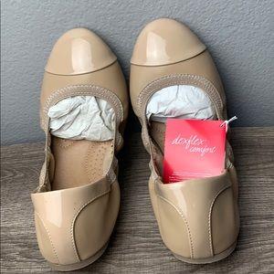 Dexflex Comfort Women's Claire Scrunch Flat Size10